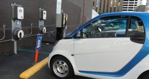 Starthilfe für E-Autos – und wie versichert?